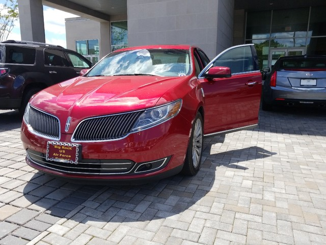 Pre Owned 2016 Lincoln Mks Sedan