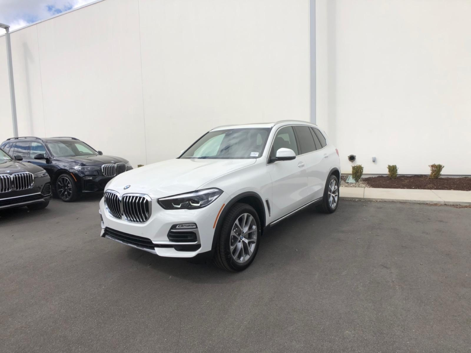 New 2020 BMW X5 sDrive40i SAV