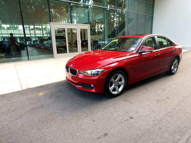 Pre-Owned 2015 320i