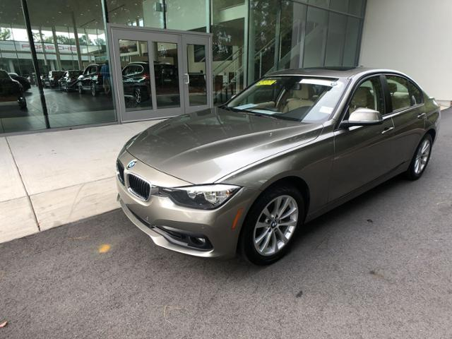Certified Pre-Owned 2016 320i
