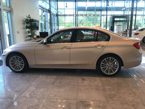 Pre Owned 2015 BMW 3 Series 328i