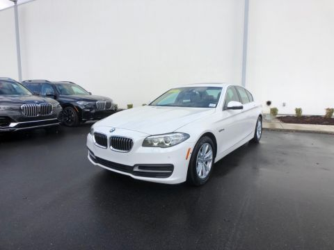 Pre-Owned 2014 BMW 528i Sedan